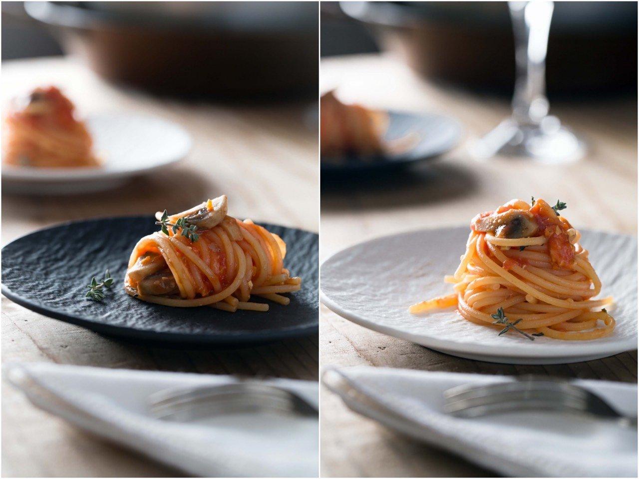 Come fotografare il cibo: Spaghetti senza glutine con ragù vegano... Ricetta Simona Scarone; Styling Orsola Ciriello Kogan; Foto Rosangela Giannoccaro