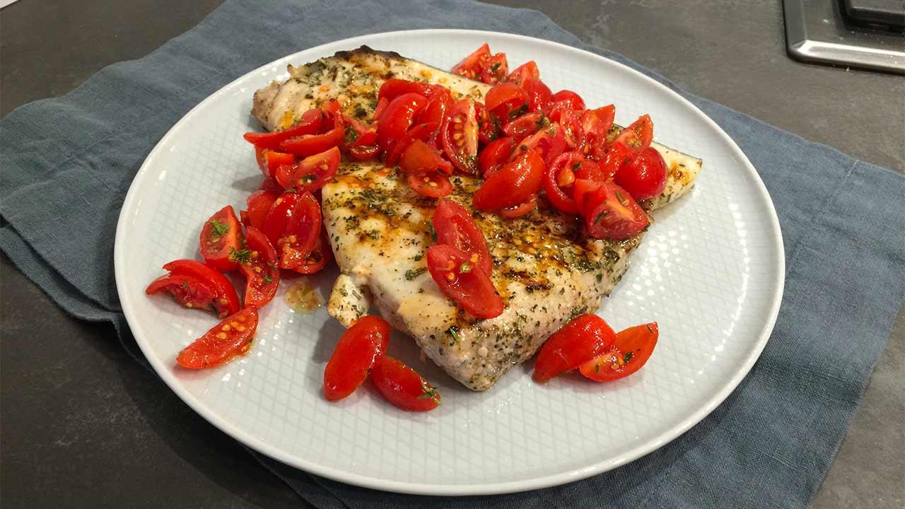 Ricetta del Trancio di Pesce Spada piastra con Dadolata di Pomodorini