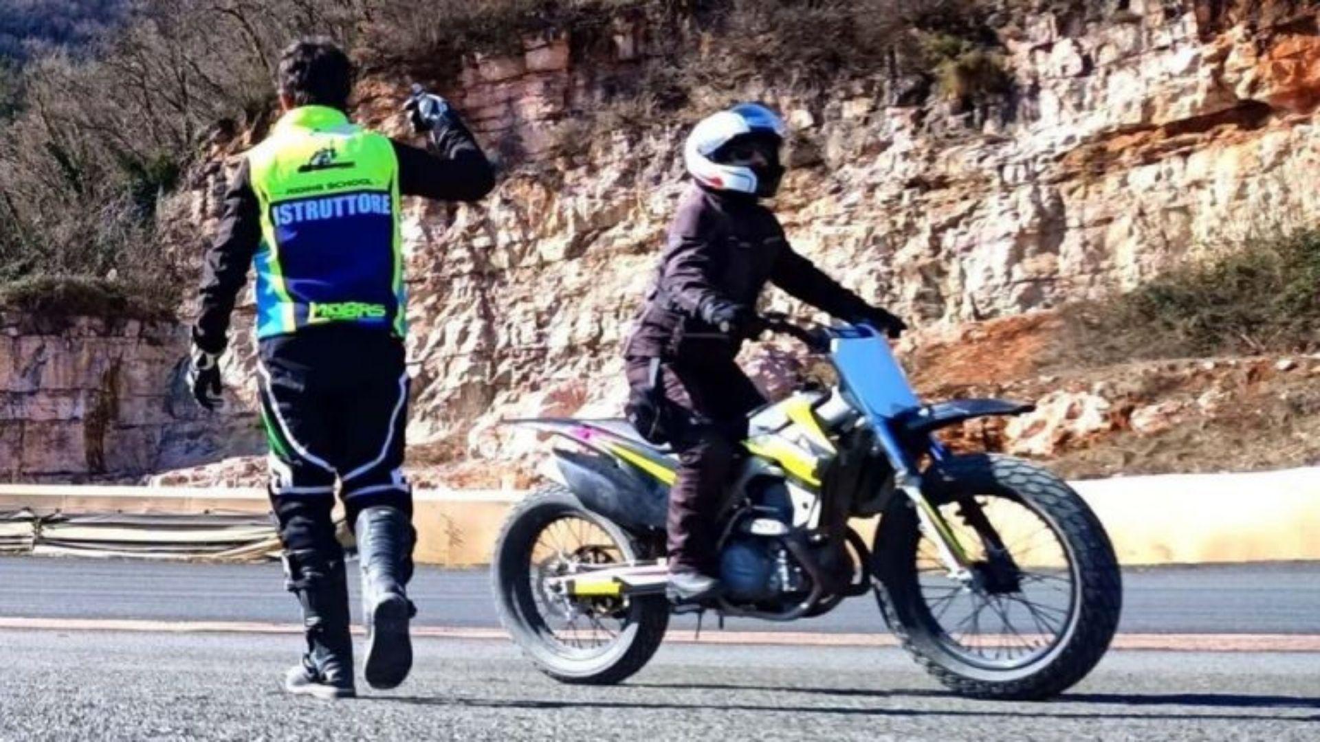 Come prendere la patente per la moto